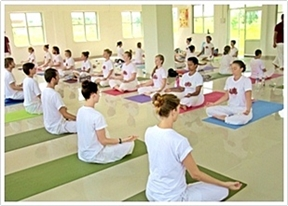 yoga-teacher-training-india-4